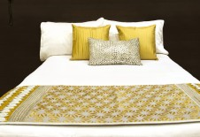 Bed runner sets